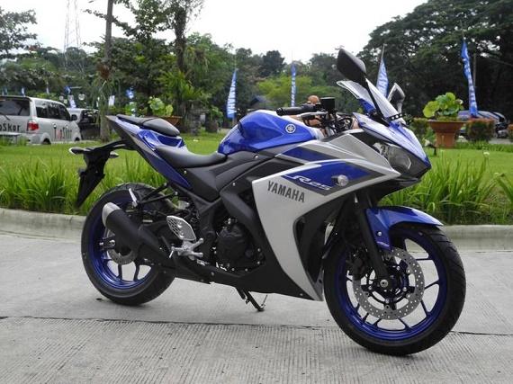 Yamaha R25 ABS 250 cc