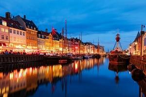 Denmark, download 10.52 Mbps dan upload 6.06 Mbps